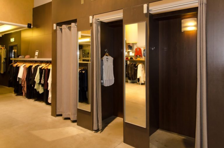 product_fitting-rooms-paskamers