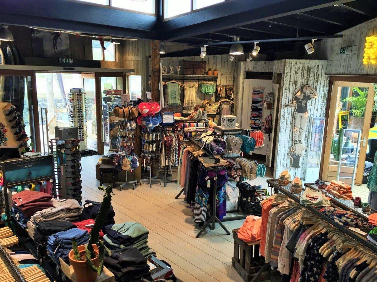 referentie_hart-beach_scheveningen_surfschool_overzicht-winkel